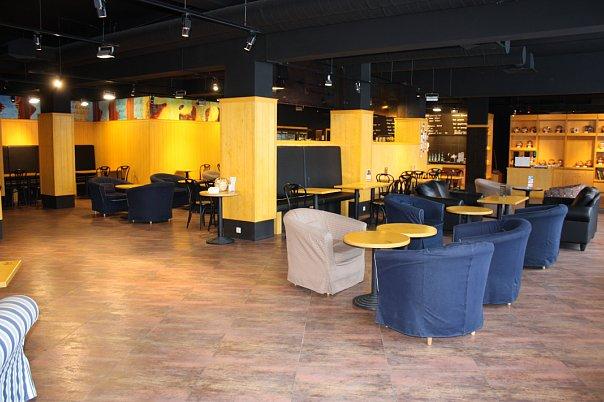 Зал кофейни