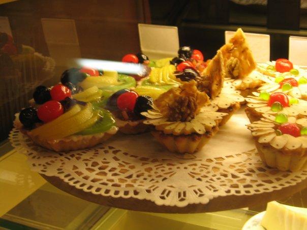 Десерты в кофейне Голландская чашка